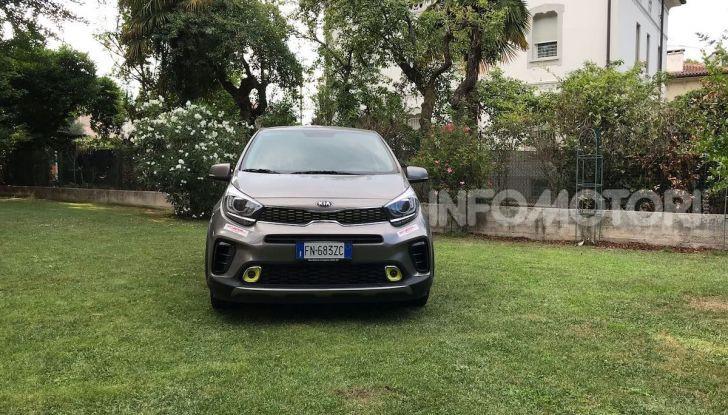 Kia Picanto X Line, prova su strada, prezzi e consumi - Foto 10 di 18