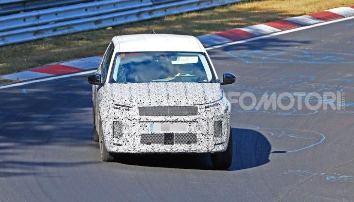 Land Rover Discovery Sport 2020: facelift ibrido ad alta tecnologia - Foto 27 di 29