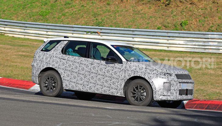 Land Rover Discovery Sport 2020: facelift ibrido ad alta tecnologia - Foto 21 di 29