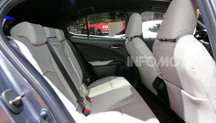 Lexus UX 2018, il crossover cittadino del marchio nipponico - Foto 11 di 13