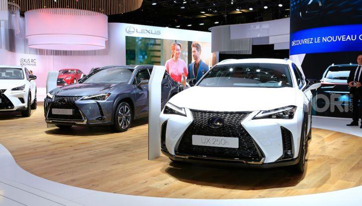 Lexus UX 2018, il crossover cittadino del marchio nipponico - Foto 1 di 13