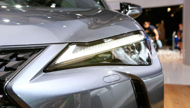 Lexus UX 2018, il crossover cittadino del marchio nipponico - Foto 5 di 13