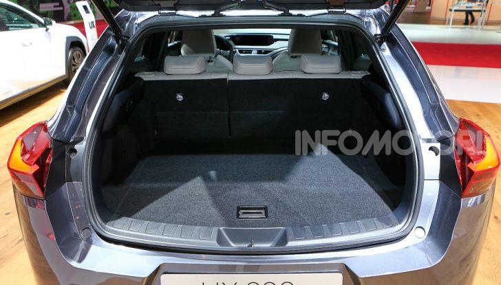 Lexus UX 2018, il crossover cittadino del marchio nipponico - Foto 10 di 13