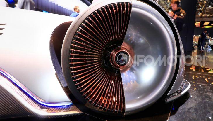 Mercedes Vision EQ Silver Arrow Concept - Foto 16 di 24