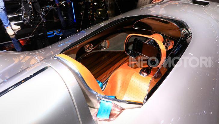 Mercedes Vision EQ Silver Arrow Concept - Foto 8 di 24