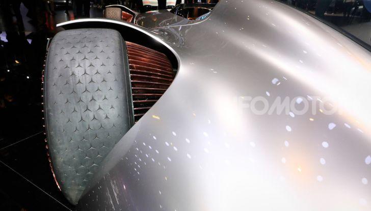 Mercedes Vision EQ Silver Arrow Concept - Foto 24 di 24