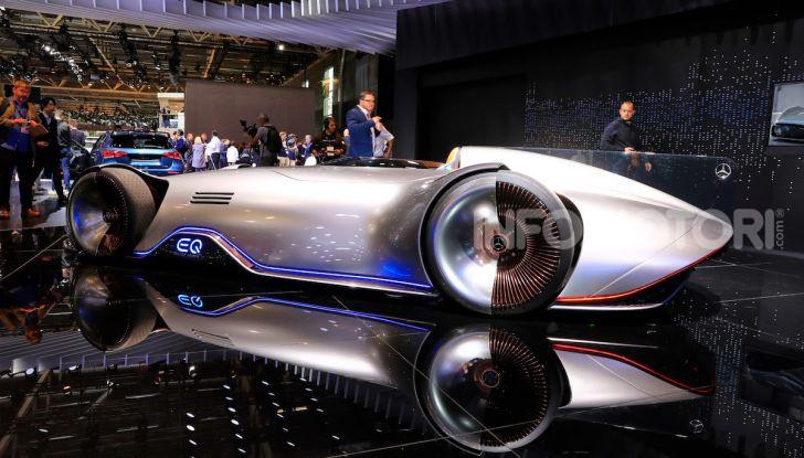 Mercedes Vision EQ Silver Arrow Concept - Foto 15 di 24