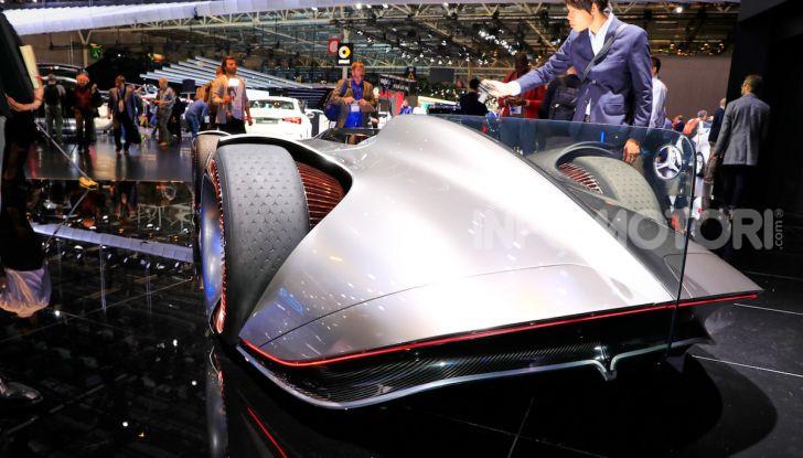 Mercedes Vision EQ Silver Arrow Concept - Foto 17 di 24