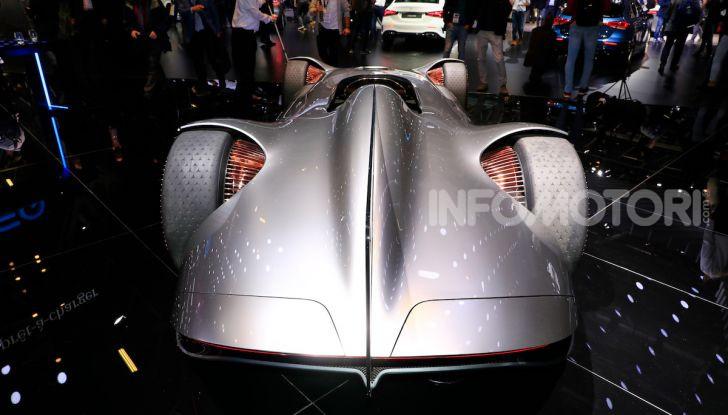 Mercedes Vision EQ Silver Arrow Concept - Foto 19 di 24