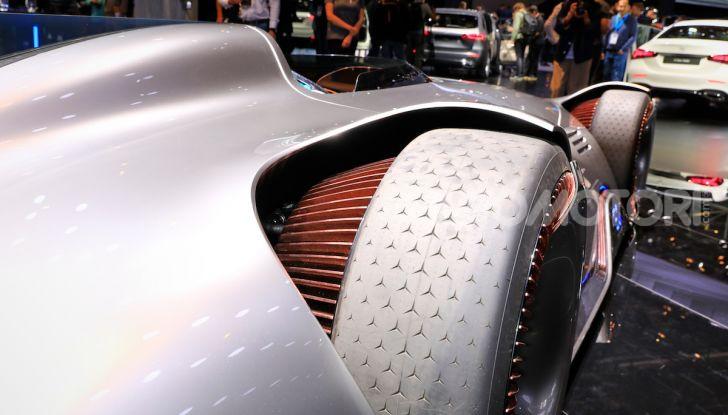 Mercedes Vision EQ Silver Arrow Concept - Foto 21 di 24