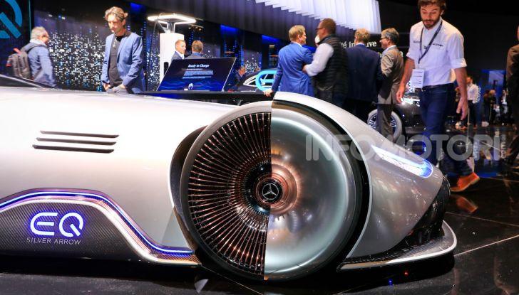 Mercedes Vision EQ Silver Arrow Concept - Foto 2 di 24