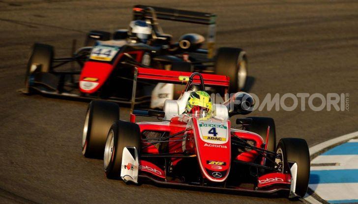 Nel nome del padre: Mick Schumacher è Campione di Formula 3 - Foto 21 di 28