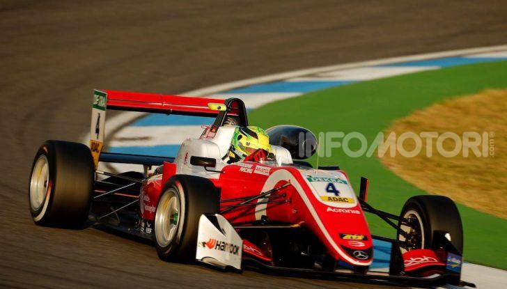 Nel nome del padre: Mick Schumacher è Campione di Formula 3 - Foto 22 di 28