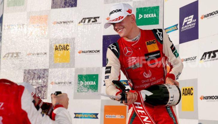 Nel nome del padre: Mick Schumacher è Campione di Formula 3 - Foto 1 di 28