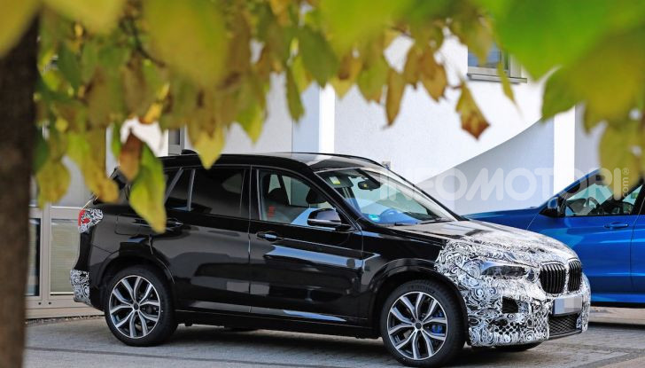 Nuova BMW X1, proseguono i test della futura generazione - Foto 9 di 24