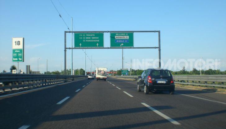 Elude il pedaggio autostradale per 167 volte: condannato a 4 mesi di reclusione - Foto 3 di 7