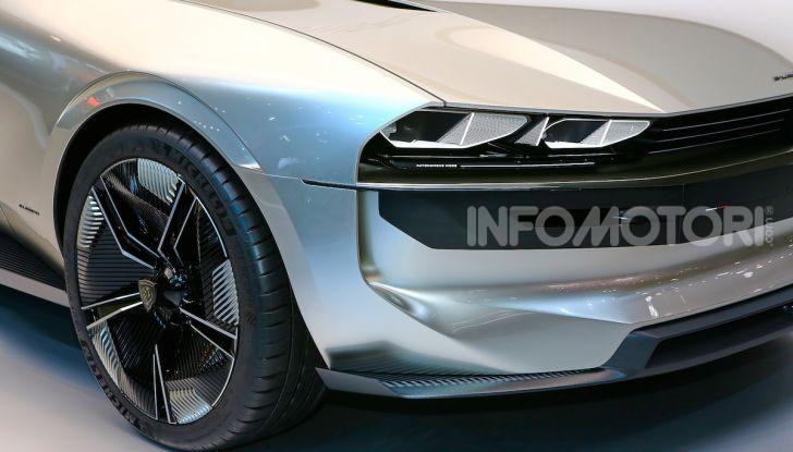 Peugeot e-Legend Concept, l'elettrica a guida autonoma del futuro - Foto 6 di 16