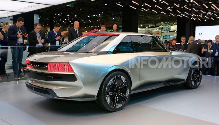 Peugeot e-Legend Concept, l'elettrica a guida autonoma del futuro - Foto 4 di 16