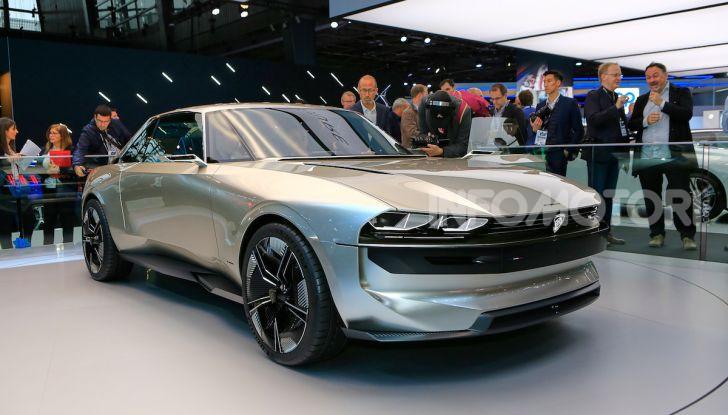 Peugeot e-Legend Concept, l'elettrica a guida autonoma del futuro - Foto 1 di 16