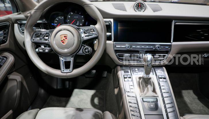 Porsche Macan 2019 arriva negli USA al Salone di Los Angeles - Foto 21 di 22