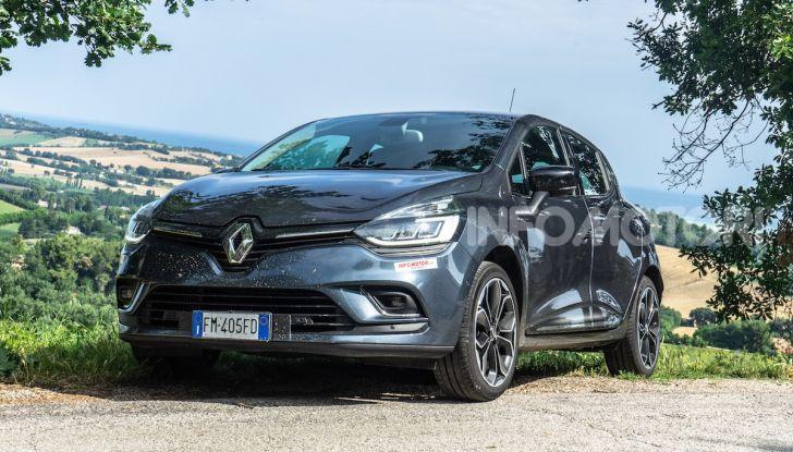 Renault Clio Duel 2018: Prova su strada della best-seller italiana con 90 CV - Foto 23 di 36