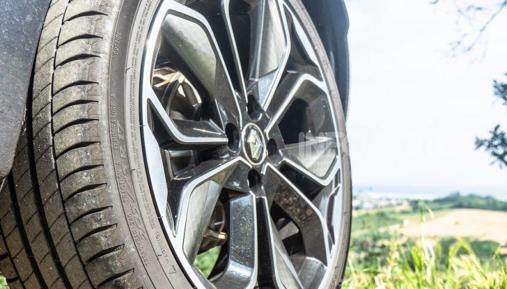 Renault Clio Duel 2018: Prova su strada della best-seller italiana con 90 CV - Foto 26 di 36