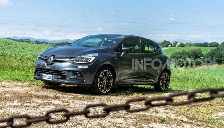 Renault Clio Duel 2018: Prova su strada della best-seller italiana con 90 CV - Foto 27 di 36