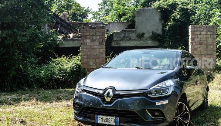 Renault Clio Duel 2018: Prova su strada della best-seller italiana con 90 CV - Foto 12 di 36