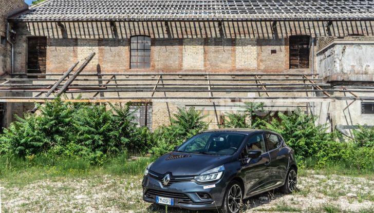 Renault Clio Duel 2018: Prova su strada della best-seller italiana con 90 CV - Foto 30 di 36