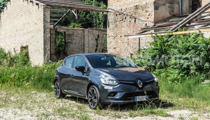 Renault Clio Duel 2018: Prova su strada della best-seller italiana con 90 CV - Foto 36 di 36