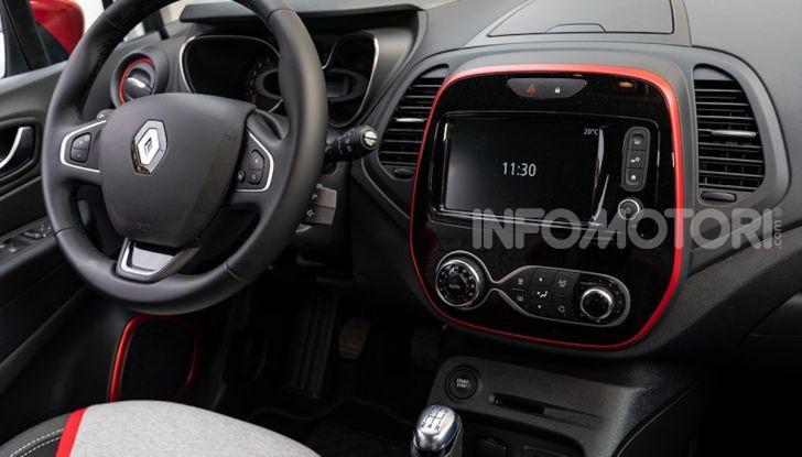 Renault Captur Tokyo Edition: l'auto che si compra sui social con Garage Italia - Foto 15 di 38