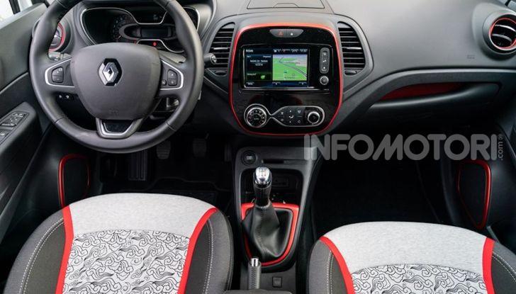 Renault Captur Tokyo Edition: l'auto che si compra sui social con Garage Italia - Foto 17 di 38