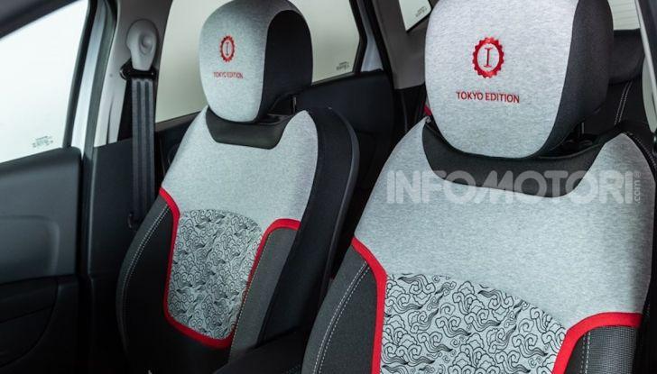 Renault Captur Tokyo Edition: l'auto che si compra sui social con Garage Italia - Foto 4 di 38