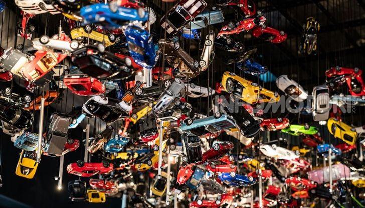 Renault Captur Tokyo Edition: l'auto che si compra sui social con Garage Italia - Foto 22 di 38