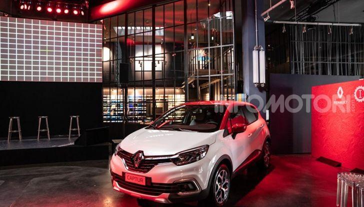 Renault Captur Tokyo Edition: l'auto che si compra sui social con Garage Italia - Foto 28 di 38