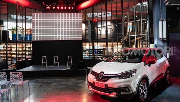 Renault Captur Tokyo Edition: l'auto che si compra sui social con Garage Italia - Foto 29 di 38