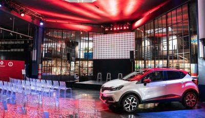 Renault Captur Tokyo Edition: l'auto che si compra sui social con Garage Italia