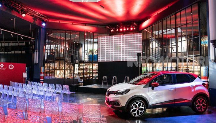 Renault Captur Tokyo Edition: l'auto che si compra sui social con Garage Italia - Foto 1 di 38