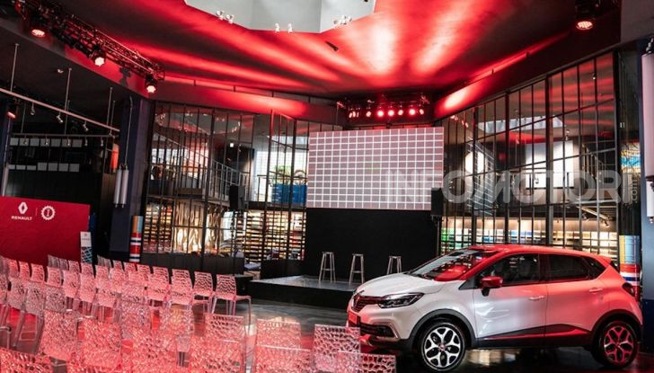 Renault Captur Tokyo Edition: l'auto che si compra sui social con Garage Italia - Foto 30 di 38