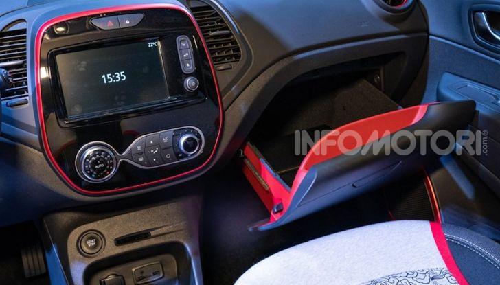 Renault Captur Tokyo Edition: l'auto che si compra sui social con Garage Italia - Foto 36 di 38