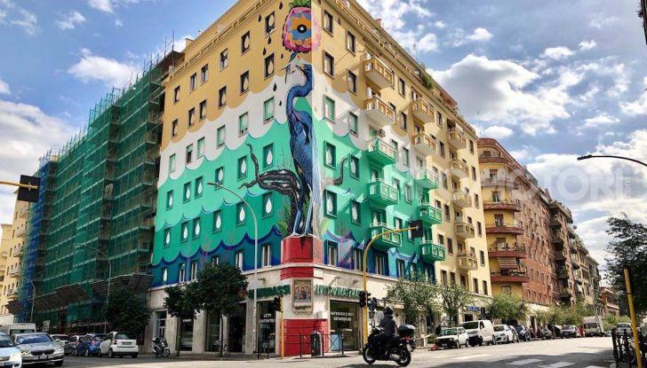 Roma, Il murales di Iena Cruz pulisce l'aria grazie a vernice AirLite - Foto 1 di 21
