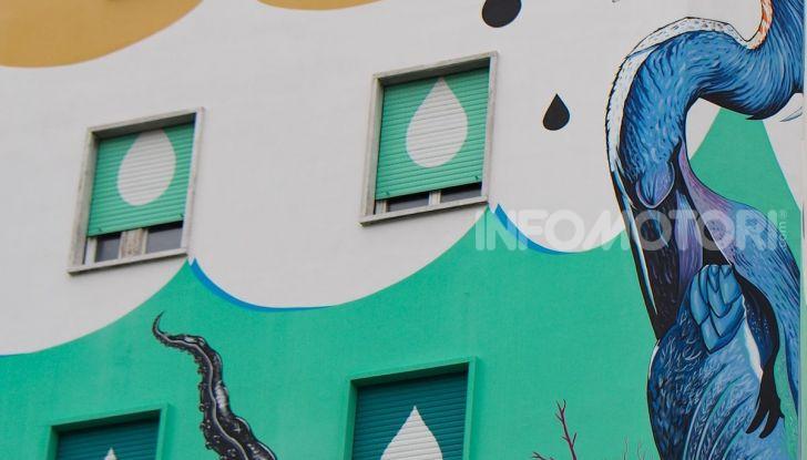 Roma, Il murales di Iena Cruz pulisce l'aria grazie a vernice AirLite - Foto 15 di 21