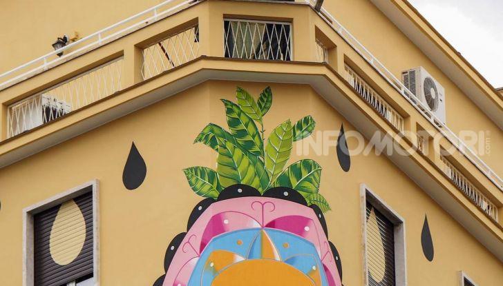 Roma, Il murales di Iena Cruz pulisce l'aria grazie a vernice AirLite - Foto 18 di 21