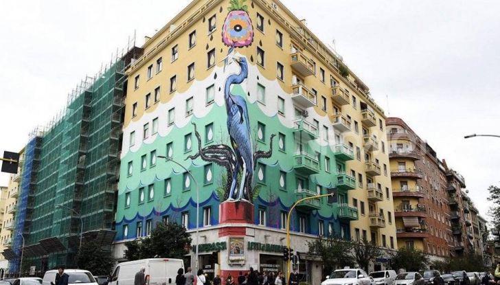 Roma, Il murales di Iena Cruz pulisce l'aria grazie a vernice AirLite - Foto 20 di 21