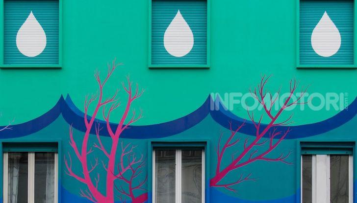 Roma, Il murales di Iena Cruz pulisce l'aria grazie a vernice AirLite - Foto 4 di 21