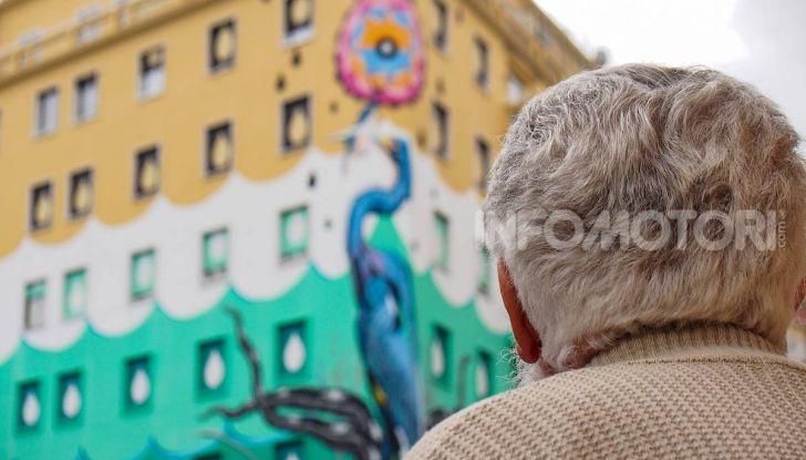 Roma, Il murales di Iena Cruz pulisce l'aria grazie a vernice AirLite - Foto 10 di 21