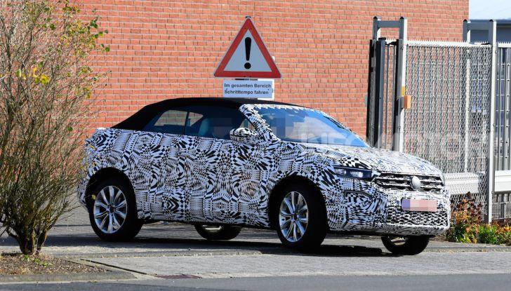 Volkswagen T-Roc Cabrio 2020: il SUV che non c'era - Foto 1 di 13