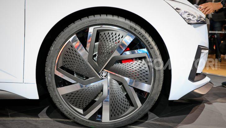 Skoda Vision RS 2018, il concept svelato al Salone di Parigi - Foto 14 di 30