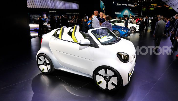 Smart forease, city car open air su base smart EQ fortwo cabrio - Foto 13 di 20