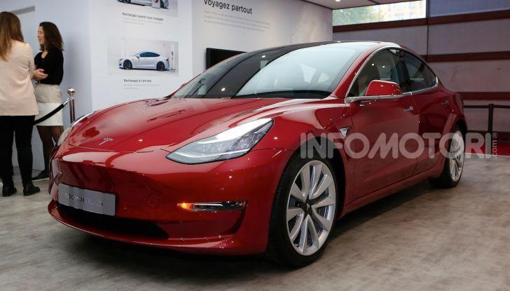 Tesla, aggiornato il software 9 e la app - Foto 1 di 26